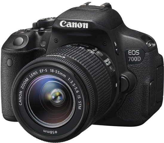 Canon EOS 700D Kit 18-55 IS STM (черный)