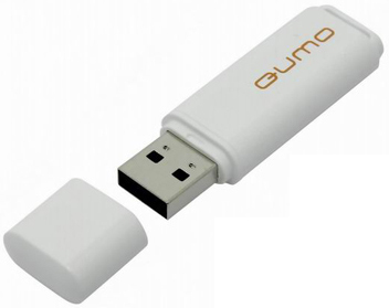 USB ������ Qumo 4GB Optiva 01 (�����)
